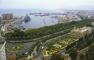 مدينة ملقا الاسبانية الساحرة بين احضان السياحة