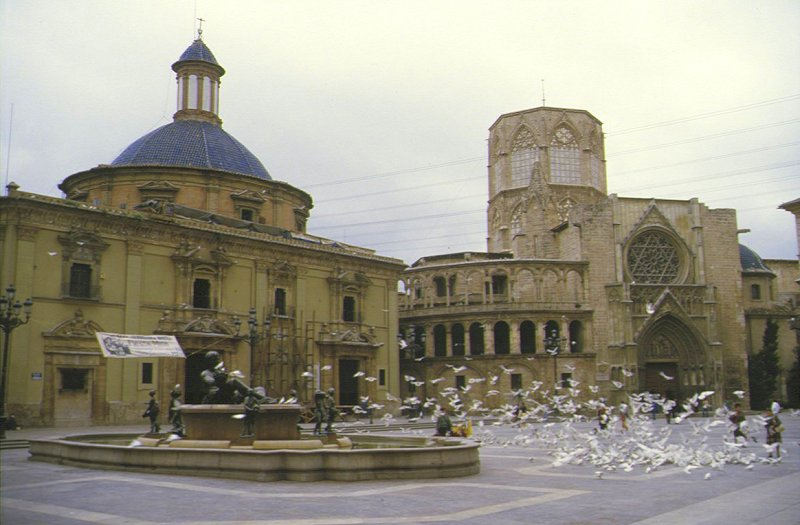 Valencia - Brunnen am Plaza de la Virgen